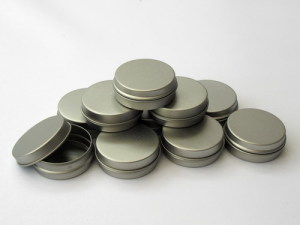 shallow tin containers